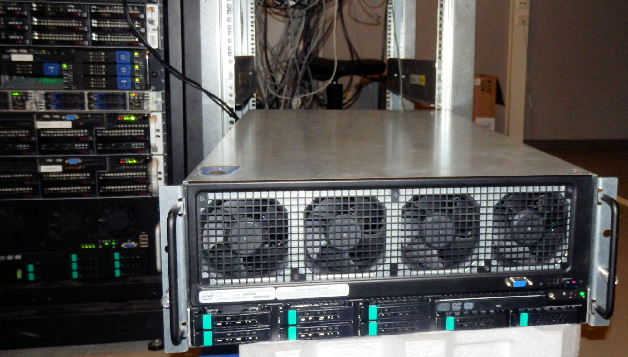 Benchmark Configuration - The Intel Xeon E7-8800 v3 Review: The