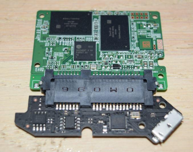 http://images.anandtech.com/doci/9847/sata-controller_575px.JPG