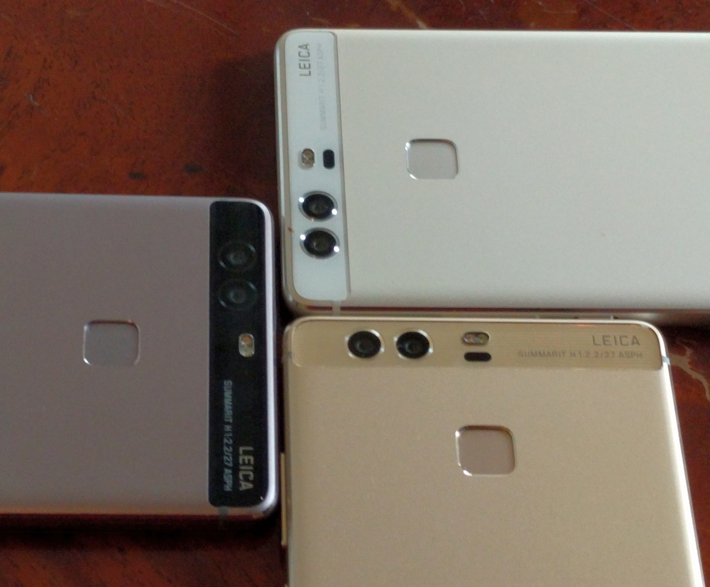 huawei p9 plus haze gold. both the p9 and plus will use usb type-c, with asian versions supporting dual sim functionality. battery runs at 3000 mah compared to huawei haze gold d