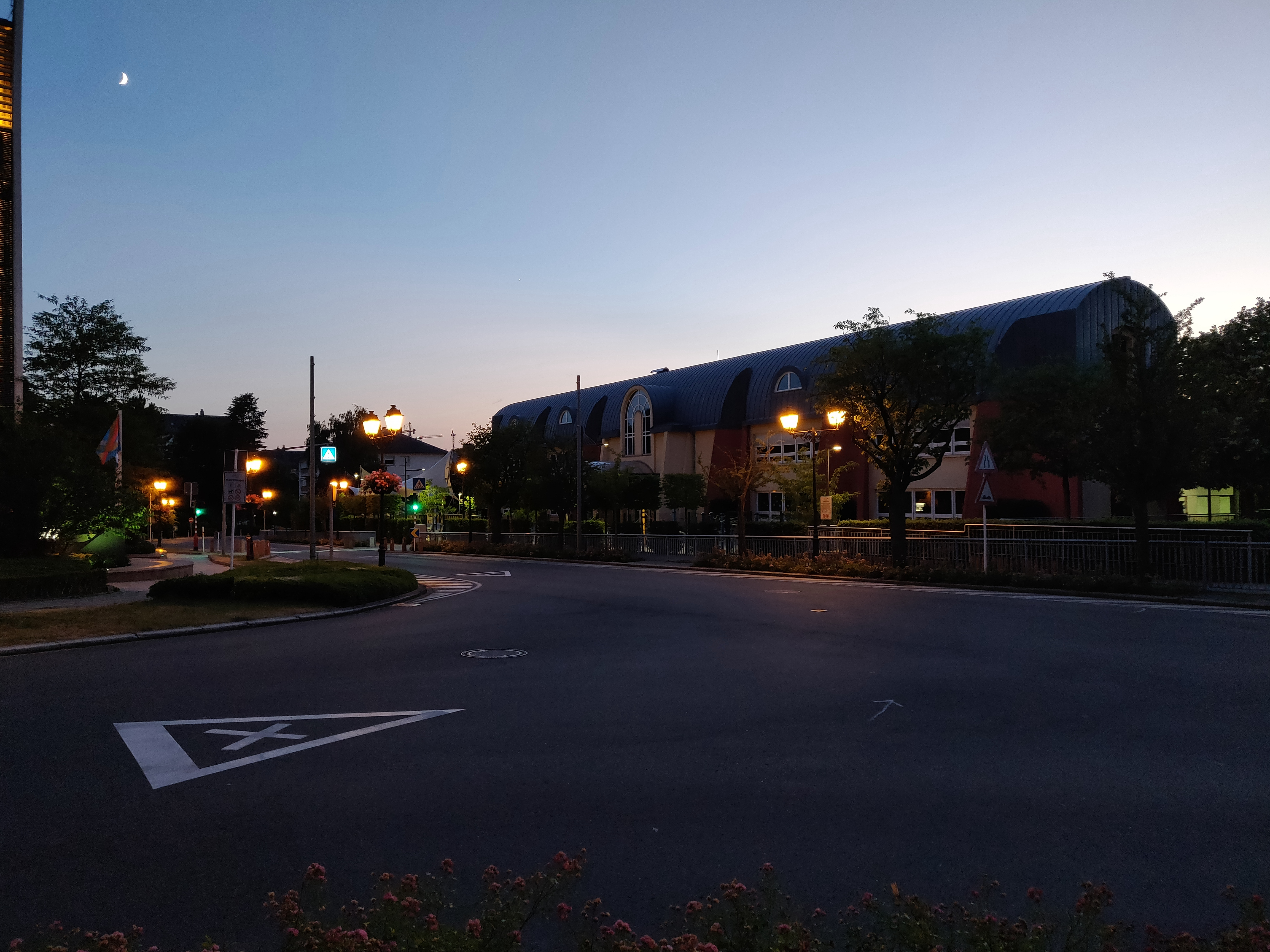 camera low light evaluation the oneplus 6 review