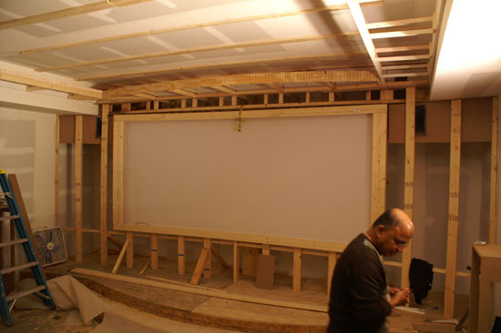Theaterblog Let There Be Light Installing The Projector