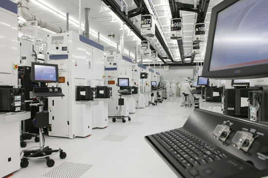 An Amd Update Fab 36 Begins Shipments Planning For 65nm