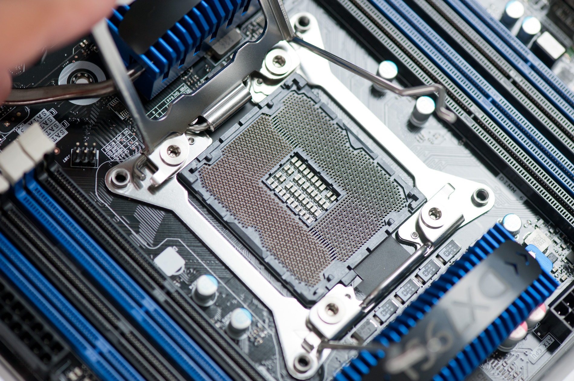 Intel Core I7 3960x Sandy Bridge E Review Keeping The