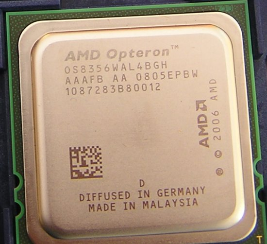 El juego de las imagenes-http://images.anandtech.com/reviews/it/2008/sixteen-cores/Opteron8356close.jpg