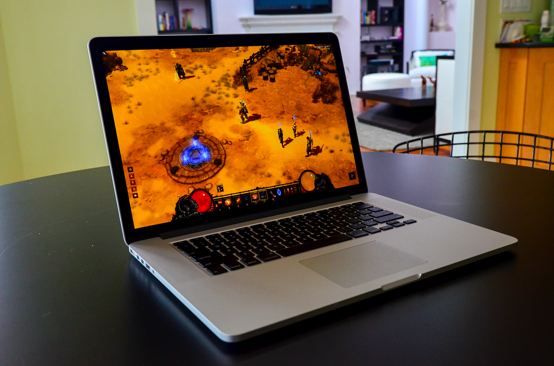 Vellidte The next-gen MacBook Pro with Retina Display Review OS-95