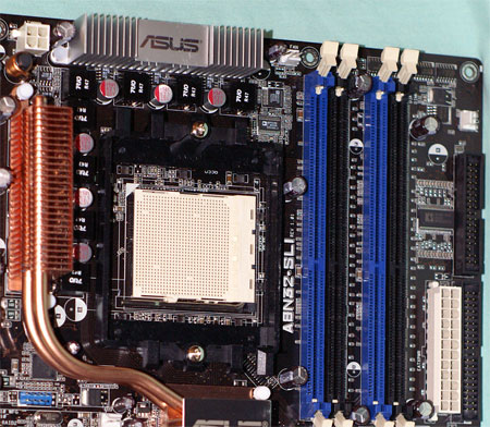 http://images.anandtech.com/reviews/motherboards/asus/a8n32sli_deluxe/power.jpg