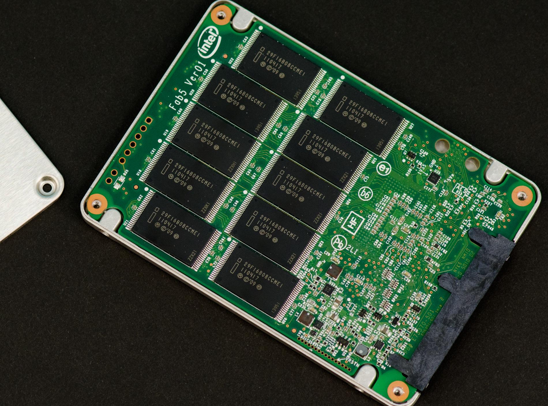 write amplification intel 320 80gb