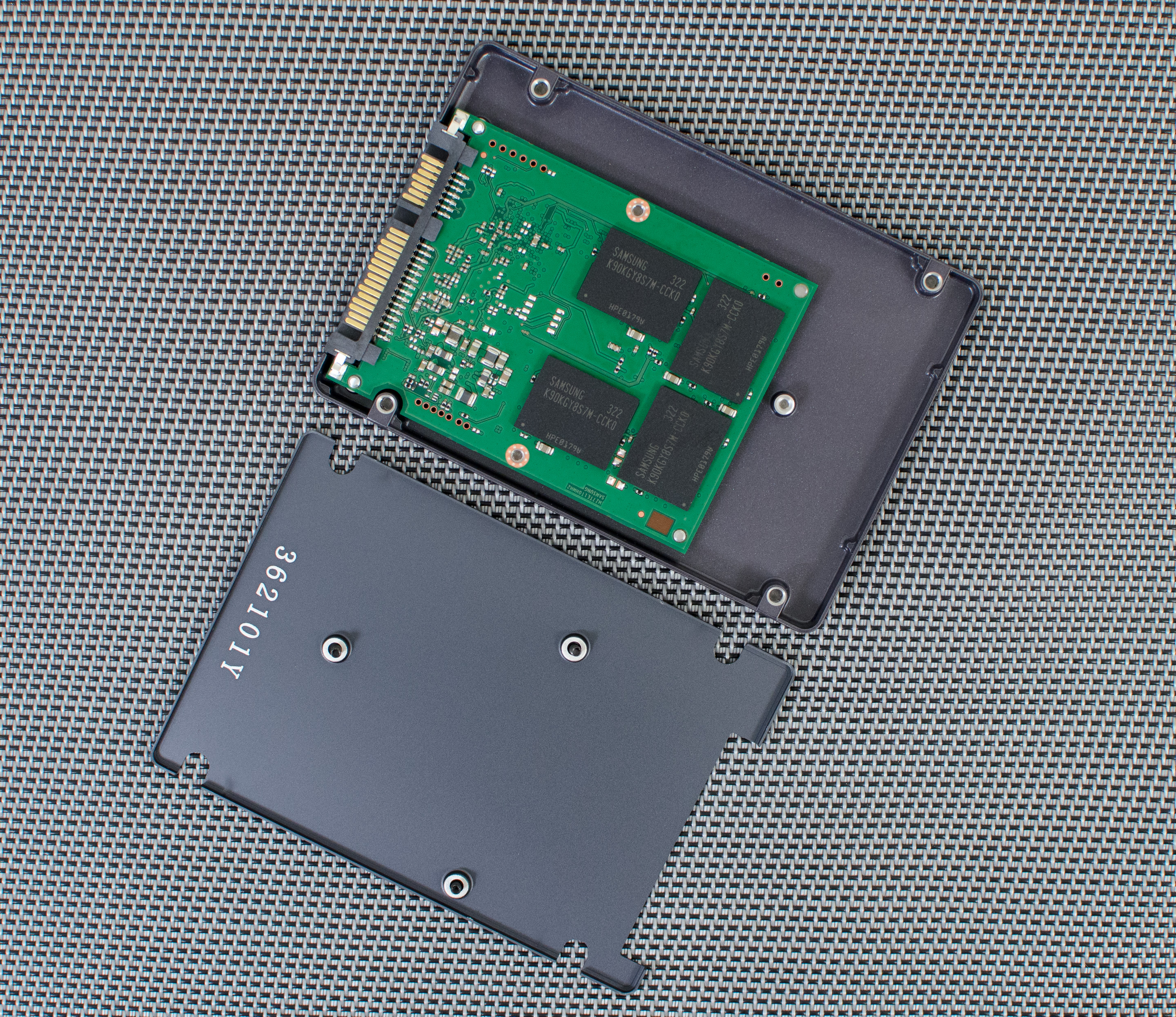 Inside the Drives & Spare Area - Samsung SSD 840 EVO Review