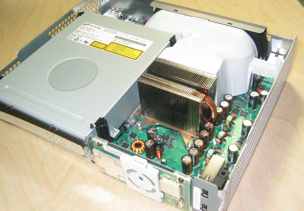 Removing The Outer Shell Inside Microsoft S Xbox 360