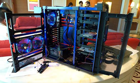 http://images.anandtech.com/reviews/tradeshows/CES/2010/Day3/antec1.jpg